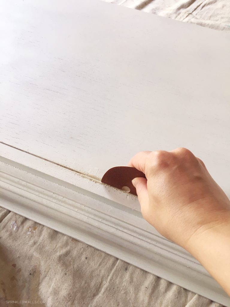 How to refinish furniture with paintwith paint